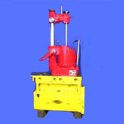 Portable Cylinder Boring Machine Manufacturer from Ghaziabad