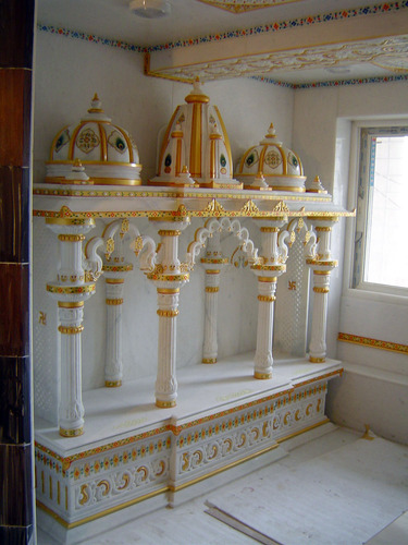 White Marble Stone Temple Merina Marble Amp Handicrafts