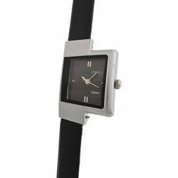 Ladies Fashionable Black Thin Band Wrist Watch