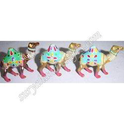 Metal Meenakari Painted Camel With Lacker On It