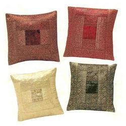 Traditional Cushion Set