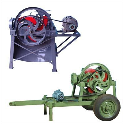 3 Blade Chaff Cutter Machine for Dairy Farms, Power: 3-5 HP, | ID:  1532183297