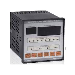 MAX-8U Eight channel Temperature Scanner