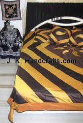 Assorted Multicolor Luxury Style Beddings Bedset