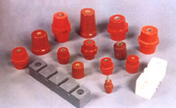Outdoor Single Phase Resin Cast Voltage Transformer (15 Kv)