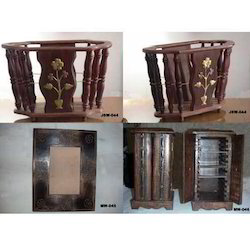 Brown Standard Wooden Furniture