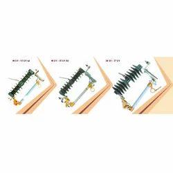 Exp Cutout NGT-KP Procelain Series