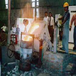 Ductile Iron - Pouring in Process Induction
