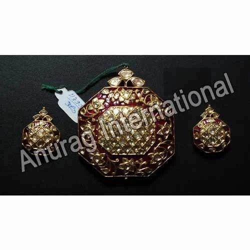 Anurag International Meenakari Pendant Set