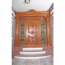 Main door classic main door 00611 for Traditional main door design