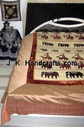 Printed Luxury Style Bedspread