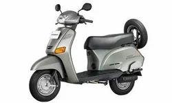 Scooter(honda Eterno)
