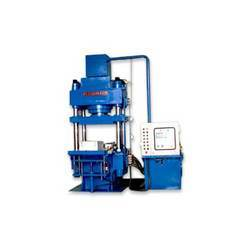 4 Pillar Type Hydraulic Press