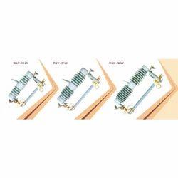 Exp Cutout NGT-KA Procelain Series