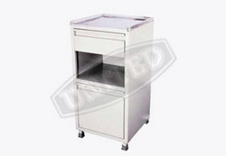 Bed side Locker (deluxe) : USI-1018