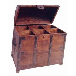 6 Bottle Box with Half Round Top Door