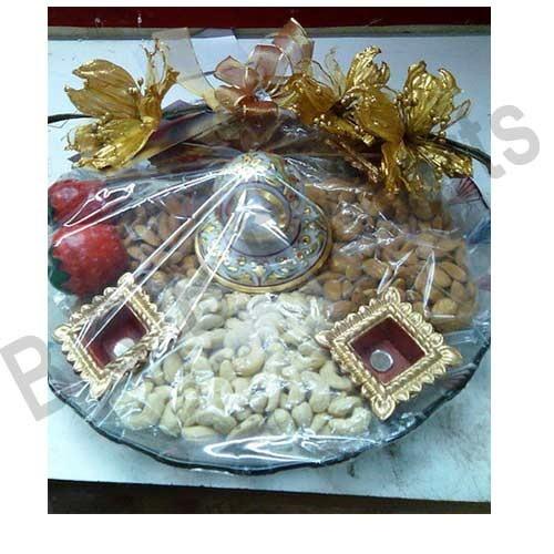 Dryfruit hampers decorative tray alkapuri vadodara b b dryfruit hampers junglespirit Images