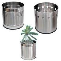 Stainless Steel Planters P H Enterprises Exporter In Daba Road