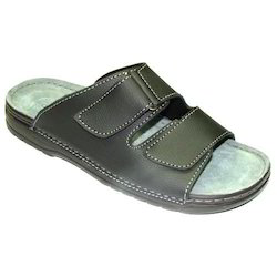 24996724cabcb5 Mens Slippers in Surat