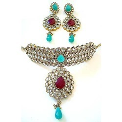 Manufacturer of Victorian Jewellery & Fashion & Indian Art