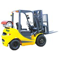 Lpg Forklift at Best Price in India