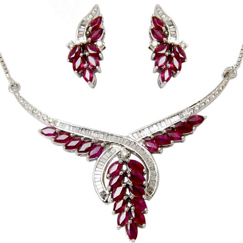 Diamond ruby necklace set at rs 88574 piece heere ke haar ka set diamond ruby necklace set aloadofball Images