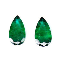 Emerald Color Base Pear Pair 2-18.63 cts
