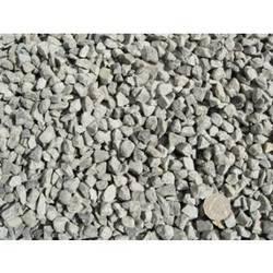 Blue Metal Concrete, Packaging Type: Truck, Size: 20 - 40 Mm