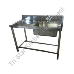 SS Sink Table - Stainless Steel Sink Table Latest Price ...