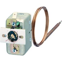 Panel Mounting Thermostat Model EM 650 C