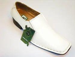 Duas Durable Footwear