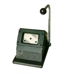 LC Heavy Manual ID Card Cutter (54 X 86 MM)