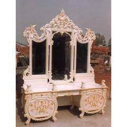 Dressing Table With Mirror Frame