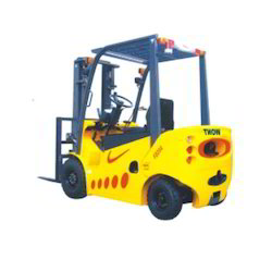 Engine Powered Forklift Truck