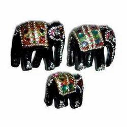 Lac Elephants