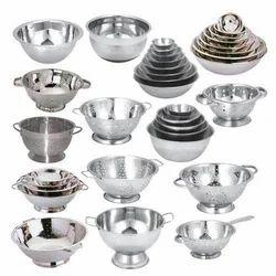 Bowls & Colanders