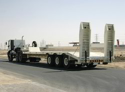 Iron Black Low Bed Semi Trailer 70 Tons