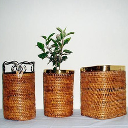 Round Willow Planter Basket