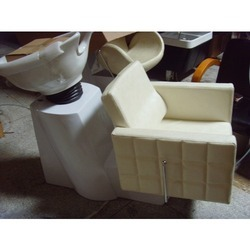 Box Chair Shampoo Station