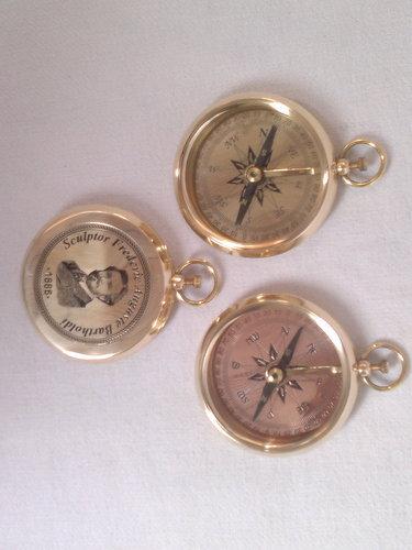 Vintage Compass Meenakshi Handicrafts Emporium Exporter In
