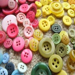 Round Polyester Buttons, For Garments, Packaging Type: Box