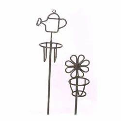 Superieur Garden Sticks