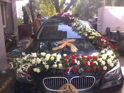 Car decoration services in ahmedabad flowers car decoration junglespirit Gallery