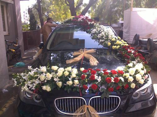 Flowers decoration service for honeymoon and flowers decoration flowers car decoration junglespirit Choice Image