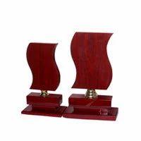 Wooden Trophy In Jalandhar