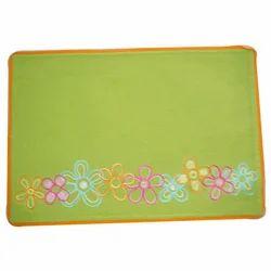 Embroidery Fushed Mat