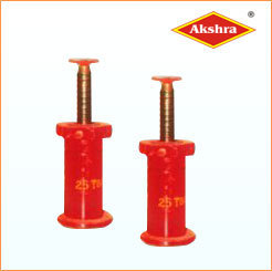 Jacks For Light And Heavy Duty Tracks & Trailers