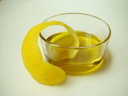 100% Pleasant Lemon Oil, for Fragrance