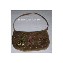 bb81e9aa5e Clutch Bags at Best Price in India