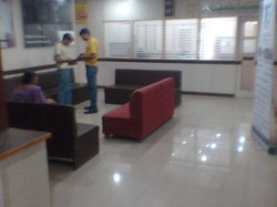 Commercial Showroom Space For Rent